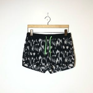 CANDY COUTURE Shorts Size S